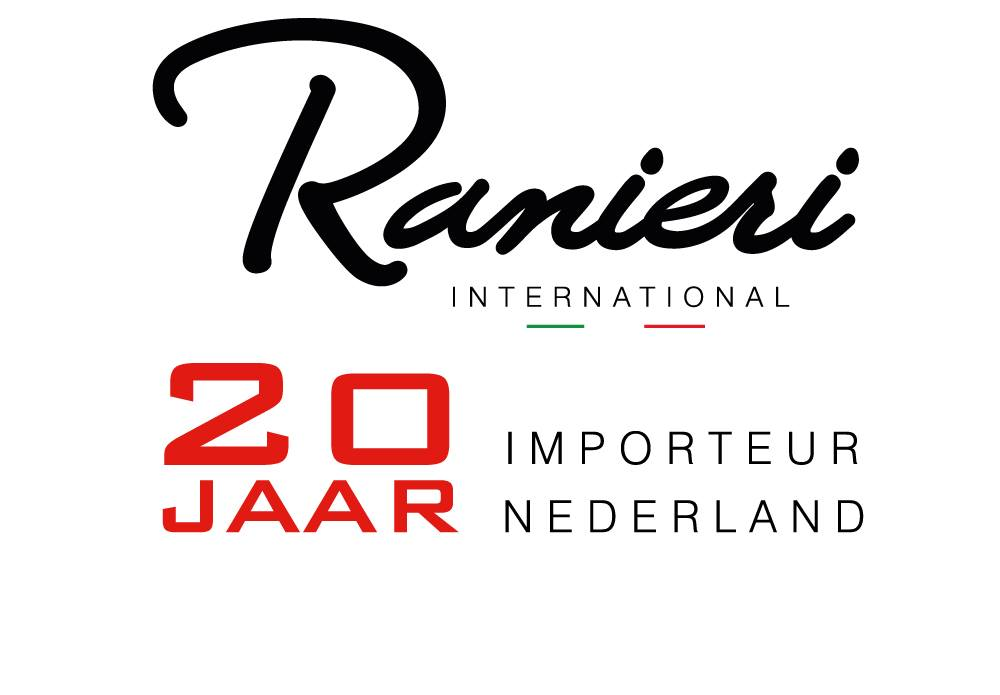 Consolboot van Ranieri International